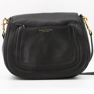 Marc Jacobs Empire City Large Leather Crossbody Messenger Bag for Sale in Los Angeles, CA