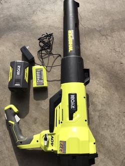 RYOBI 125 MPH 550 CFM 40-Volt Lithium-Ion Brushless Cordless Jet Fan Leaf Blower - 4.0 Ah Battery and Charger Included . for Sale in Los Angeles,  CA