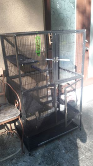 Large cage for Sale in Tampa, FL