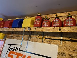 No spill gas cans brand new for Sale in Aurora, IL