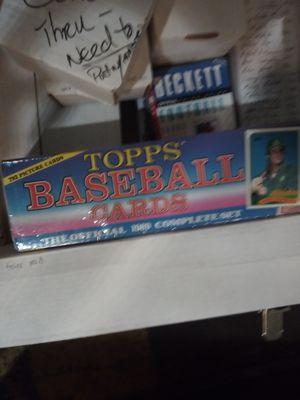 TOPPS BASEBALL CARDS for Sale in Atlanta, GA