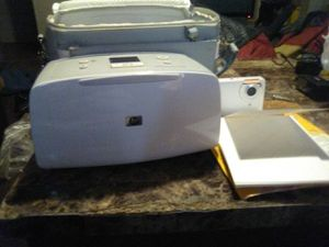 Hp digital camera and printer. With portrait paper for Sale in Berkeley, MO