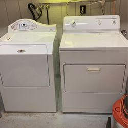 White Maytag Washer & Kenmore Dryer for Sale in Tacoma,  WA