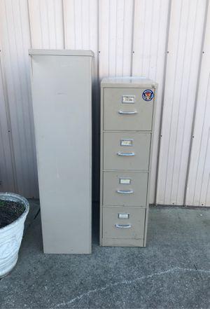 Free 5 Drawer, 4 Drawer File Cabinet for Sale in Douglasville, GA