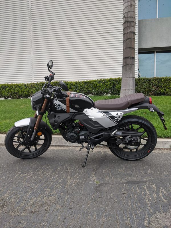 NEW 200 EFI 2020 WATER COOLED MOTORCYCLE