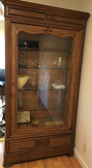 Antique China cabinet - $495 for Sale in San Jose, CA