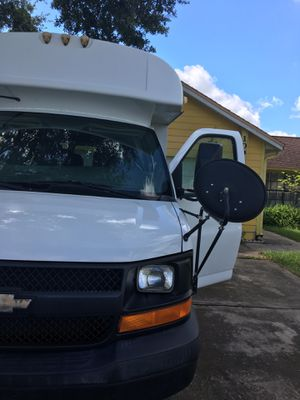 Chevy Express 3500, Mid Bus for Sale in BVL, FL