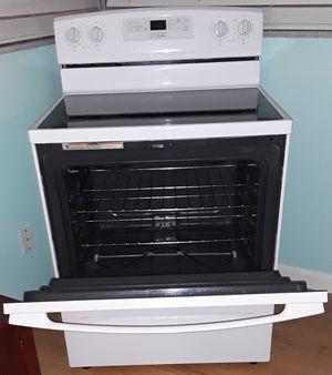 Amana stove for Sale in Aloma, FL