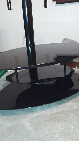 TV stand with a 3 foot swivel holds 52 inch TV 60 cash for Sale in Phoenix, AZ