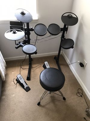 Yamaha DTX 400 Electric Drum Set for Sale in Orlando, FL