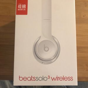 Beats Solo 3 Headphones—BRAND NEW/ STILL IN ORIGINAL PLASTIC WRAPPING for Sale in San Francisco, CA