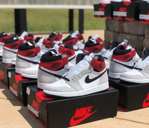 Nike Air Jordan Retro 1 High OG SMOKE Grey for Sale in Galloway, OH