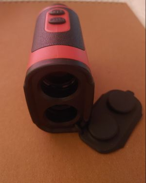 600 M golf Rangefinder with slope for Sale in Wheaton, MD