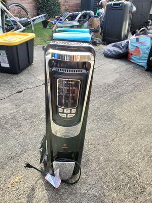 Pelonis Oil Filled Radiator Heater for Sale in Seattle, WA