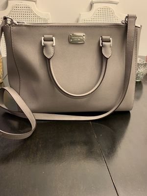 Michael kors purse for Sale in Germantown, MD