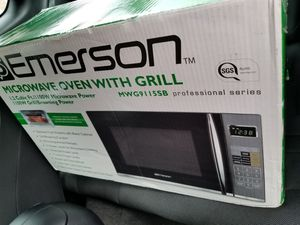 microwave oven with grill brand new for Sale in Manassas, VA