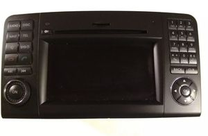 2009-12 Mercedes Benz MB Command Head Unit, Nav, Radio CD Player BZ9841 AS/IS Untested for Sale in Brooklyn, NY
