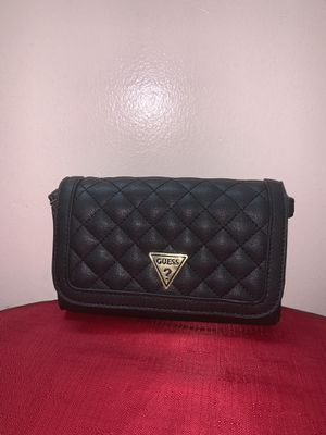 Guess mini quilted crossbody bag for Sale in Queens, NY