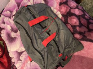 Duffle bag for Sale in Bronx, NY