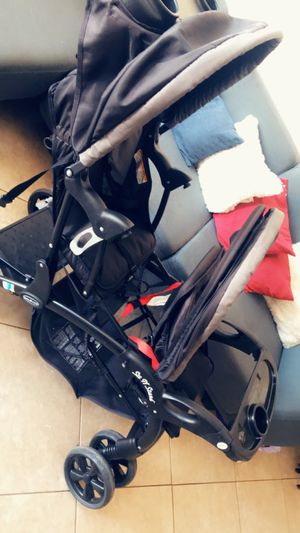 Babytrend double stroller for Sale in Los Angeles, CA