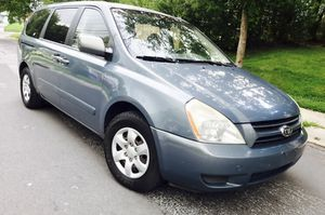 Only $4300 ! 2006 Kia Sedona ( LOW miles ) Aux •• Like New interior for Sale in Silver Spring, MD