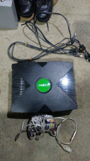 Original Xbox with controller for Sale in Vancouver, WA