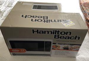 New In Box Hamilton Beach Microwave 1000 Watt 1.1 CuFt Warranty for Sale in Biloxi, MS