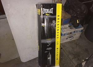 Everlast punching bag (new) for Sale in El Segundo, CA