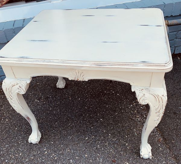 Antique white solid wood clawfoot table