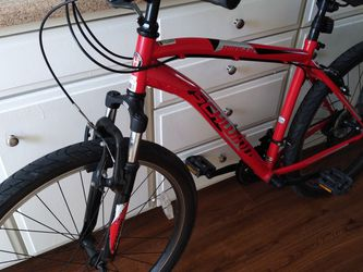 Schwinn Mountain Bike for Sale in Santa Ana,  CA