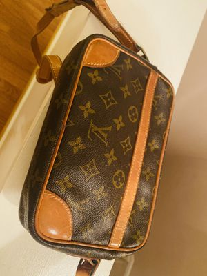 Vintage Louis Vuitton Bag for Sale in Chantilly, VA