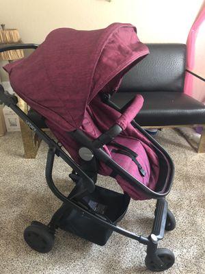 Urbini solo convertible stroller for Sale in Manteca, CA