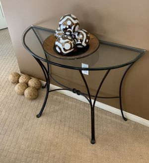 Glass entryway table for Sale in Las Vegas, NV