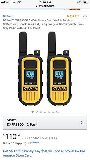 Dewalt 2 way frs radio new only used once. 2️⃣8️⃣5️⃣—2️⃣1️⃣8️⃣5️⃣ for Sale in Yuma, AZ