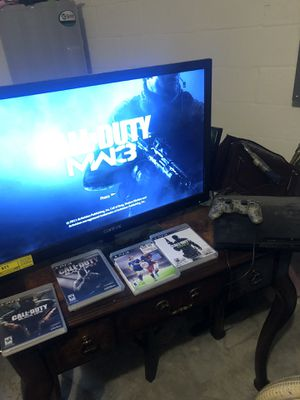 PS3 , games , 32 in tv selling as a bundle for Sale in Fort Myers, FL