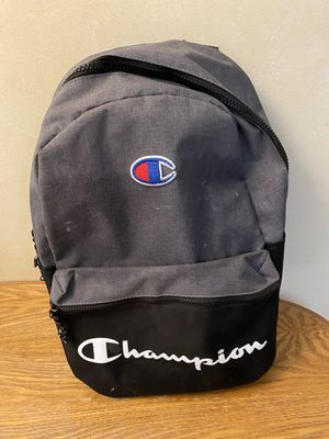 Used Men's Champion Backpack for Sale in Powhatan, VA