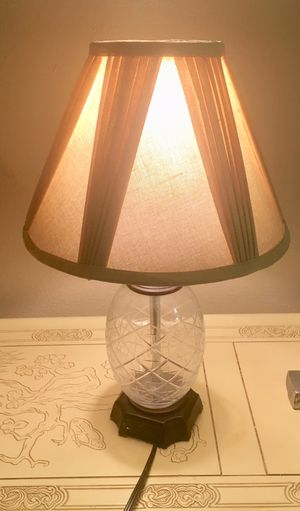 Adorable Table Lamp for Sale in Orlando, FL