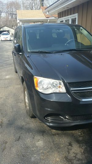 2012 dodge caravan for Sale in Chicago, IL
