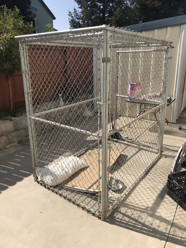 Dog cage/kennel