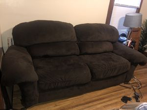 Couch and love seat for Sale in Columbus, OH