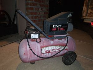 Craftsman 7 gallon Compressor for Sale in Sacramento, CA