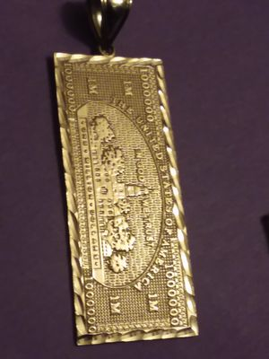 10k solid gold 7 grams 2 inch for Sale in Lakewood, WA