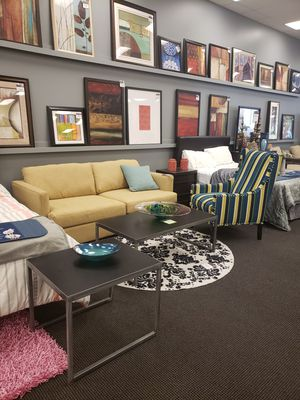 Sofa,chair,end table and coffee table for Sale in La Vergne, TN