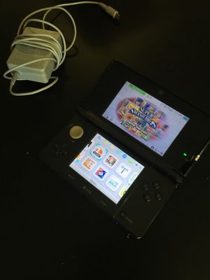 Nintendo 3ds cosmo Black with Charger for Sale in Denver, CO