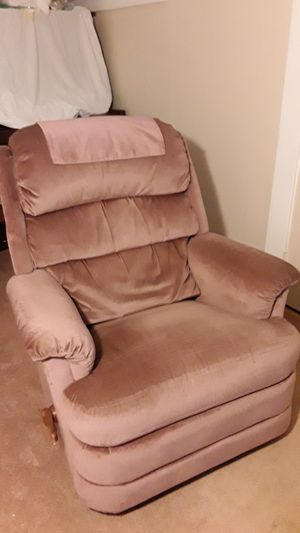 Comfortable rocker recliner for Sale in Tacoma, WA