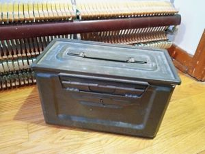 Vintage ammo can for Sale in Chicago, IL