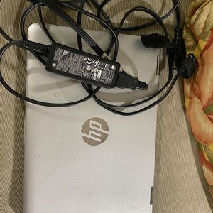 HP PAVILION LAPTOP TOUCHSCREEN MODEL 11M-AD113DX LAPTOP COMPUTER WITH CHARGER for Sale in Trumbull, CT