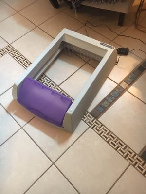 Scoopfree litterbox used for Sale in Gaithersburg, MD