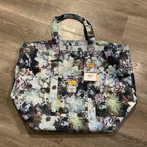 Herschel Tote Bag for Sale in Huntington Beach, CA