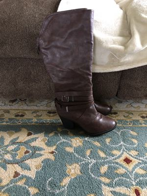 Size 10 boots for Sale in Hillsboro, OR